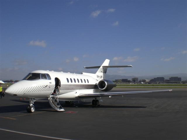 Hawker-Beechcraft,-British-Aerospace Hawker 1000